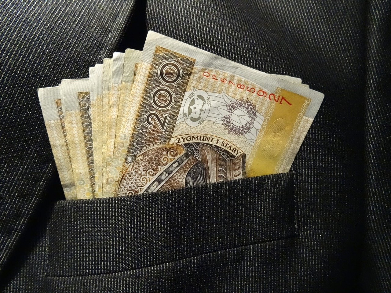 Kiedy i jak ogłosić upadłość konsumencką, aby bankructwo było jak najbardziej opłacalne dla dłużnika?